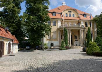 Pałac Schweikerta / Instytut Europejski